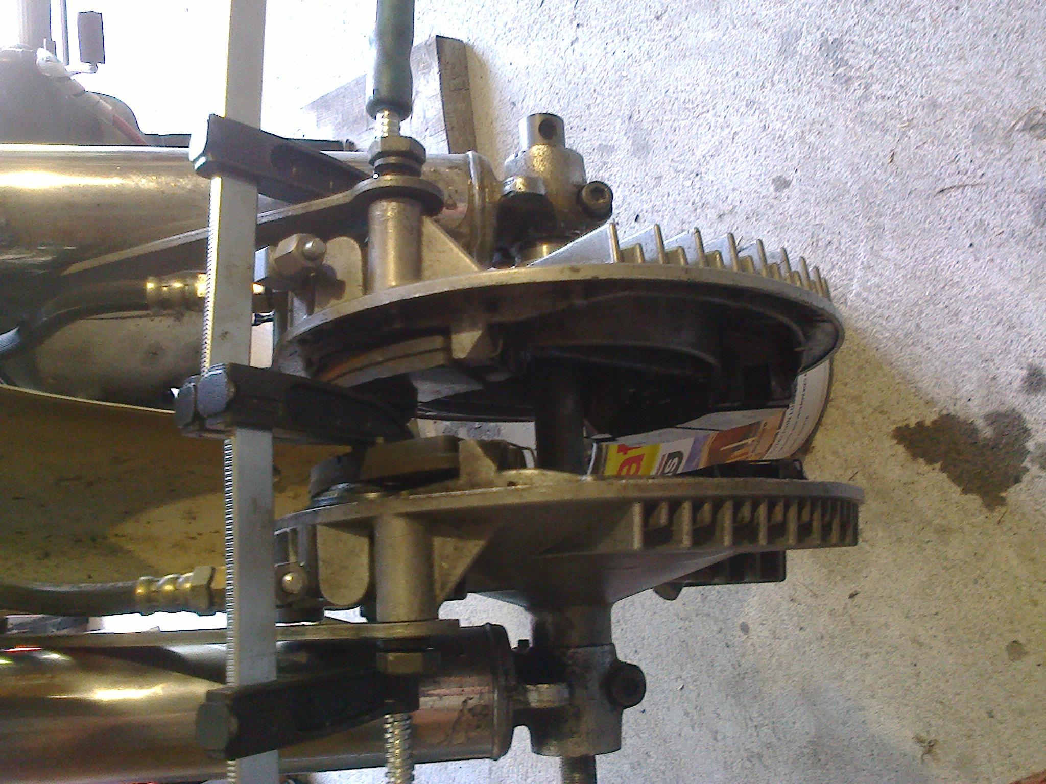 Digressions autour d'un frein bizaroïde Photo0130